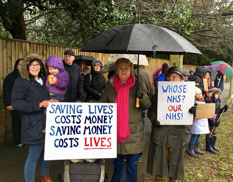 Protesters outside the Horton General Hospital, 3 February 2018